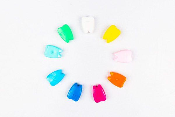 Mini distributeur de fil dentaire-dentapass